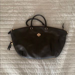 Tory Burch Black bag with gold hardware